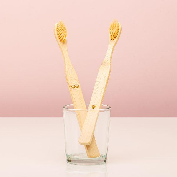 Kikkerland Bamboe tandenborstels (set van 2) - Nudie